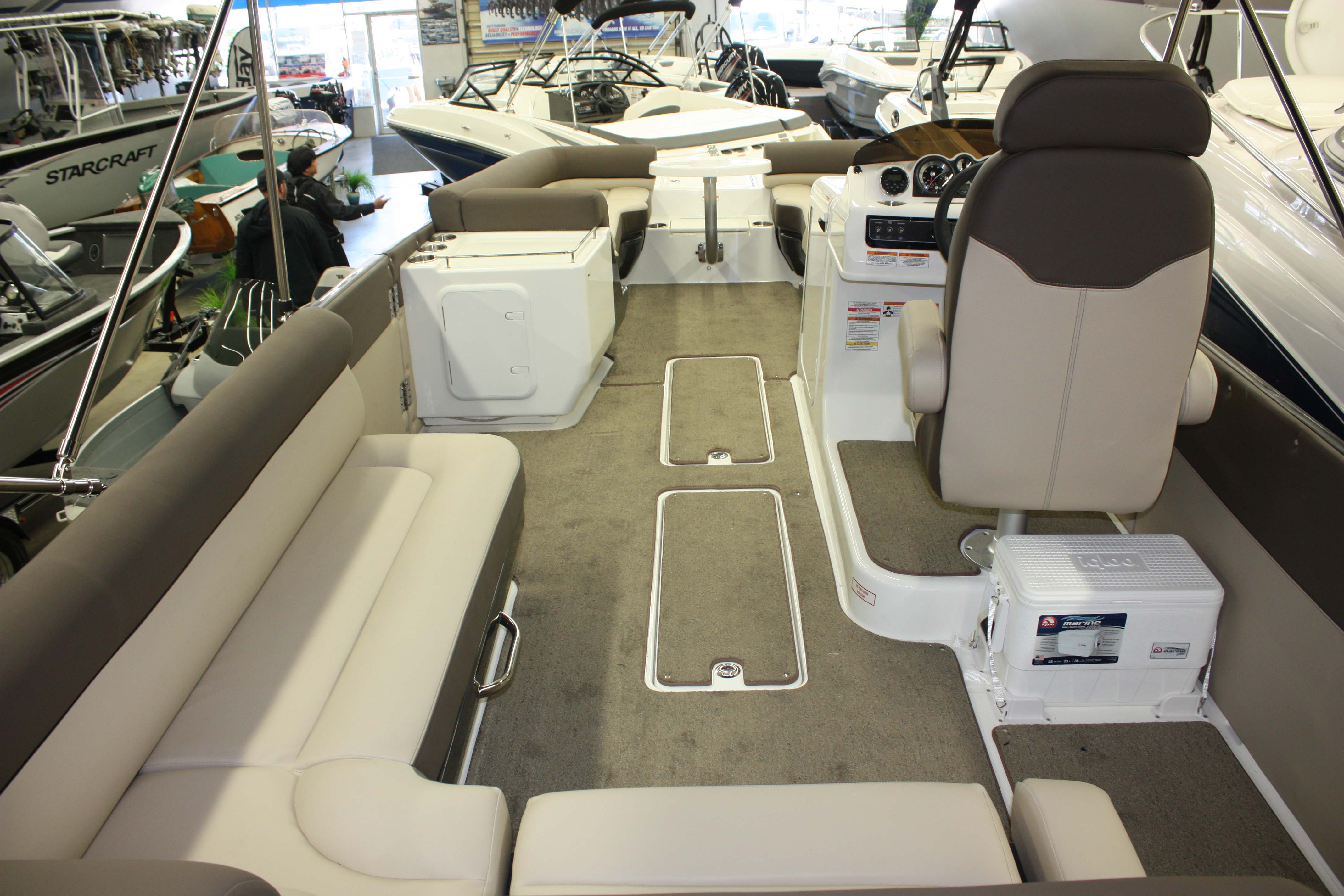 Pontoon Boat Ski Tow Bar >> Element XR7 | Happy Days Boat Centre